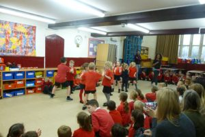 Falcons show off their African dance moves - Iron Acton
